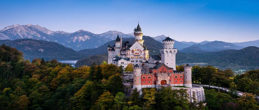 Castillos y Montañas desde Frankfurt - Self Drive en Porsche